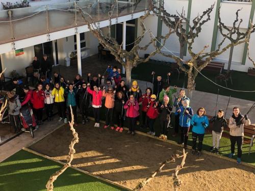 Caminada de marxa nòrdica a Guissona en benefici a La Marató de TV3