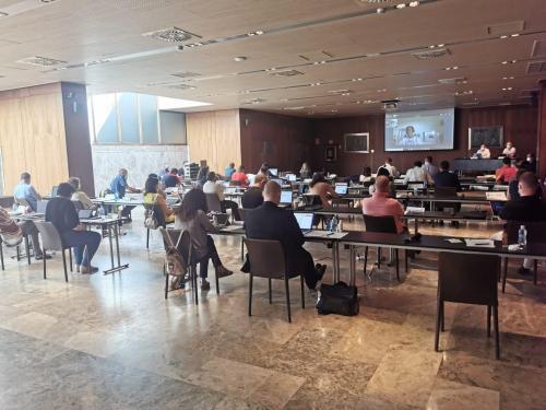 L'Assemblea General del Consejo General de Colegios de Fisioterapeutas (CGCF) analitza i acorda diferents aspectes relacionats amb la professió